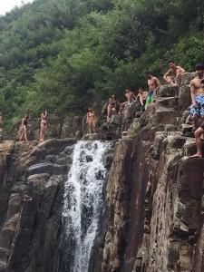 cliffs at sheung luk